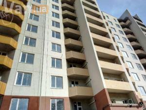 продажатрехкомнатной квартиры на улице Заболотного ак.